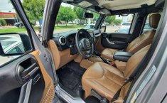 Jeep Sahara 4X4 2015-13