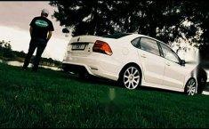Volkswagen Vento confortline con extras-10