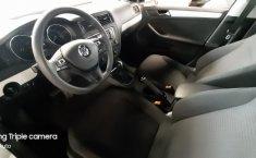 Volkswagen Jetta A6 Sportline-13
