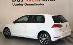 Volkswagen Golf Highline-9