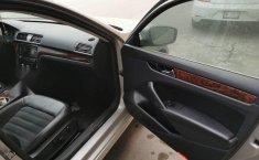 Volkswagen Passat 2013-5