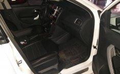 Volkswagen Vento confortline con extras-8