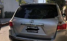 Camioneta Toyota Highlander seminueva-1