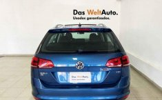 Volkswagen Golf-10
