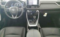 Toyota RAV4-14
