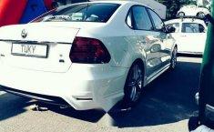 Volkswagen Vento confortline con extras-7