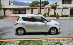 Suzuki Swift GLX 2014 con quemacocos-5