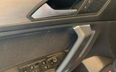 Volkswagen Tiguan Comfortline 7 asientos-10