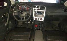 Volkswagen Vento confortline con extras-4