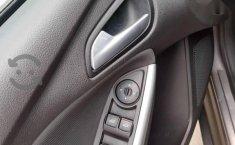 Ford Focus SE Plus 2013-6