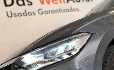 Volkswagen Jetta R-Line-3