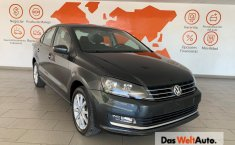 Volkswagen Vento Highline-2