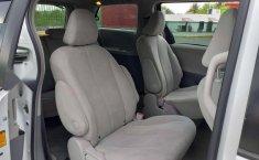 Toyota SIENNA 2014-3