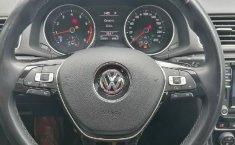 Volkswagen Passat-1