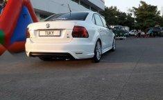 Volkswagen Vento confortline con extras-1