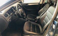 Volkswagen Jetta A6 Sportline-1