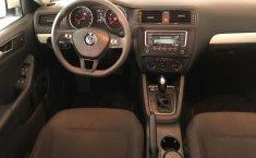Volkswagen Jetta A6 Trendline-0