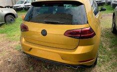 Volkswagen Golf-0