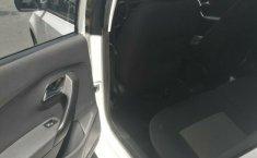 Excelente Volkswagen Vento diesel 2014, unico dueño trato directo-9