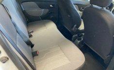 Renault Logan expression std 2015-9
