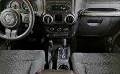 Jeep Wrangler Unlimited Sport 2012 3er. dueño RINES 18 originales LLANTAS SEMINUEVAS 4x4 IMPECABLE!!-8