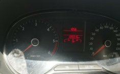 Excelente Volkswagen Vento diesel 2014, unico dueño trato directo-3