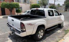 Toyota Tacoma 4x2-5
