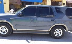 Ford Expedition 2001-1