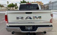 RAM Laramie 4x4-2