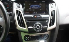 Ford Focus-14