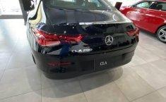 Mercedes Benz CLA 200 enganche de 179,065-7