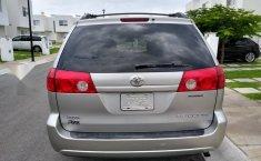 Toyota Sienna XLE 2007-16