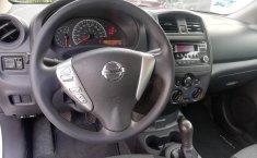 Nissan Versa-12