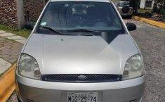 Bonito Ford fiesta 2004-7