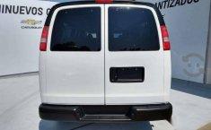 Chevrolet Express Van 15 Pasajeros-12