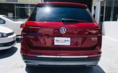 Volkswagen Tiguan Highline-11