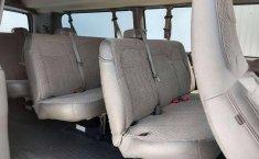 Chevrolet Express Van 15 Pasajeros-11