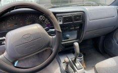 Toyota Tacoma 1999-3