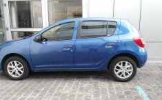 Renault Sandero-12