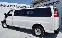 Chevrolet Express Van 15 Pasajeros-10