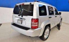 Jeep Liberty Limited Piel Aut.-8