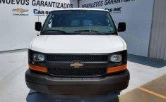 Chevrolet Express Van 15 Pasajeros-9