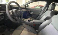 Mercedes Benz CLA 200 enganche de 179,065-5