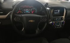 Chevrolet Suburban-3