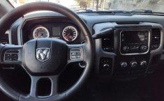 Dodge Ram 2500 Pick Up-2