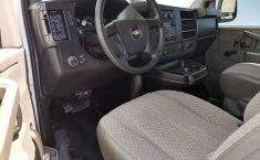 Chevrolet Express Van 15 Pasajeros-1