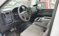 Chevrolet Silverado 2500-0