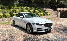 Jaguar XE Prestige-0
