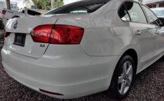 Volkswagen Jetta-14