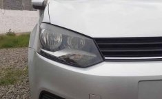 Volkswagen Polo 2019 5p Startline L4/1.6 Aut-17